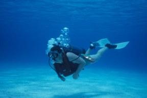 Scuba diving in San Salvador